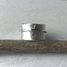 Load image into Gallery viewer, Silver Star Spinning Ring