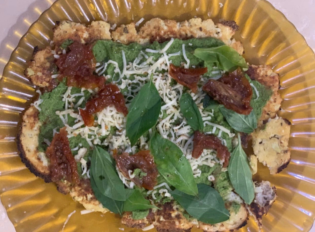 HEALTHY RECIPES: CAULIFLOWER PIZZA