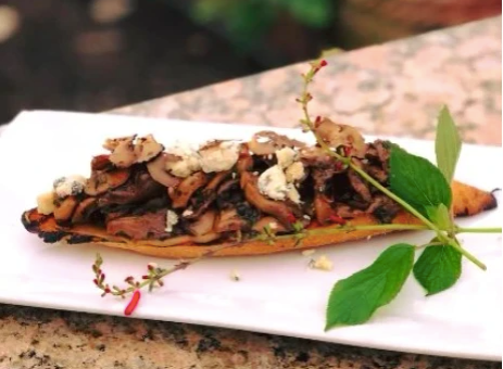 HEALTHY RECIPES: CARAMELISED ONION MUSHROOM TOAST