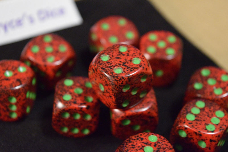 Strawberry Speckled 16mm D6 Pipped