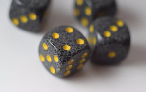 Speckled 16mm D6 RPG Chessex Dice (10 Dice) Urban Camo Black Grey and Yellow