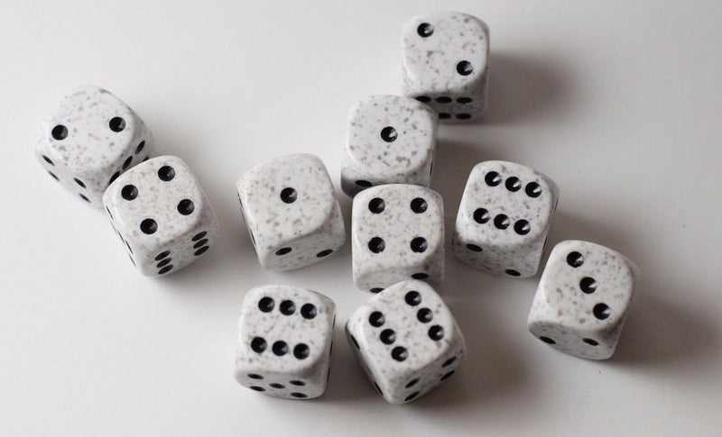 Arctic Camo Speckled 16mm D6 RPG Chessex  White and Black Oreo pipped