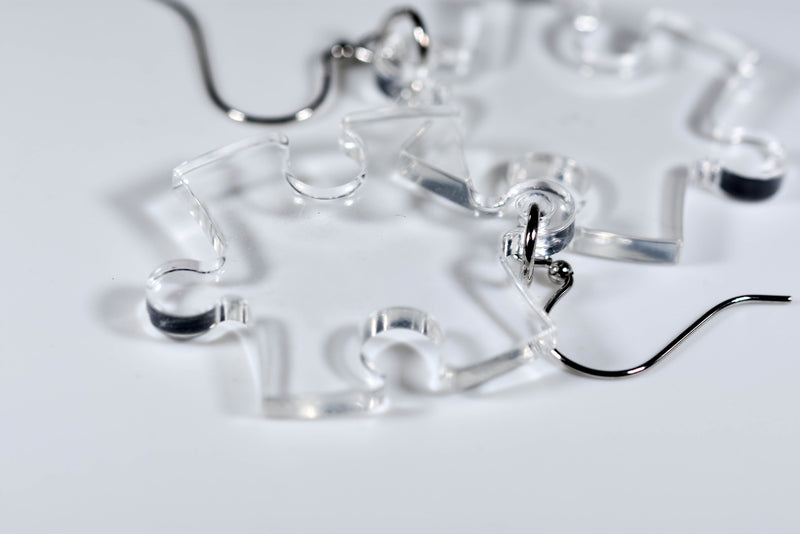 Earrings Translucent Puzzle Piece Pair (Clear) [10]
