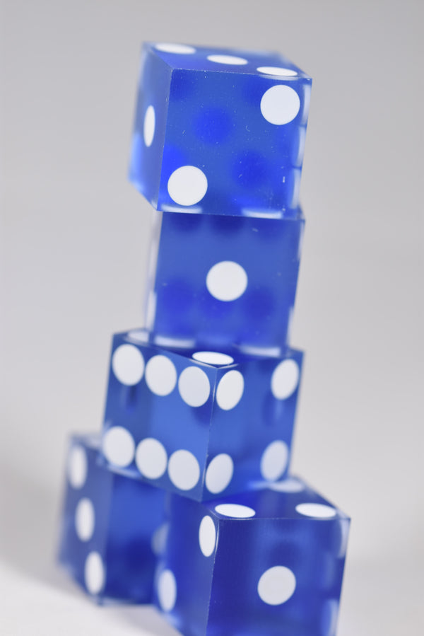 Powder Baby Blue Casino Dice d6 19mm Razor Edge RARE