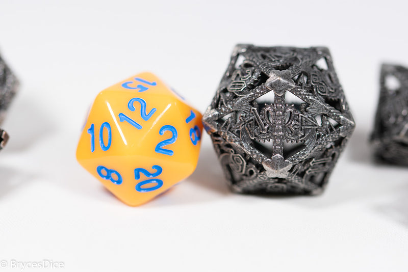 (Elvish White) Deadly Dragon Dice: Shards of Oblivion Hollow Metal