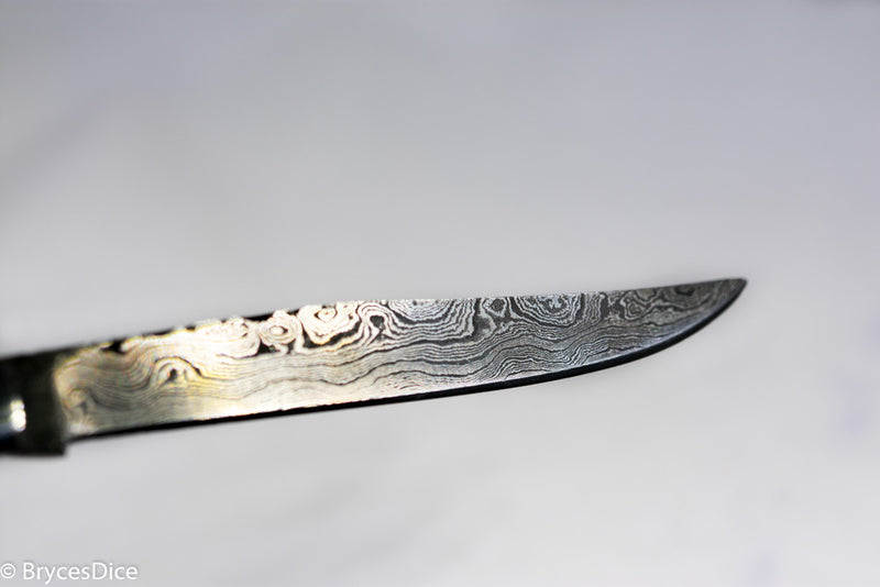 "(White/Black) 9"" Damascus Pocket Knife"