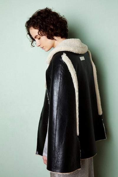 Joana Reversible Cape Black