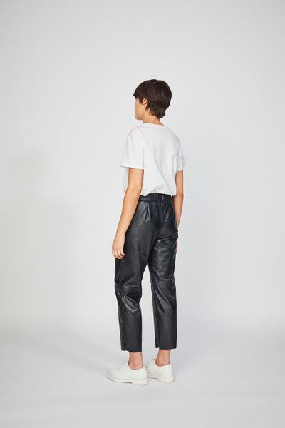 Inga Trousers Black (Made-to-Order)