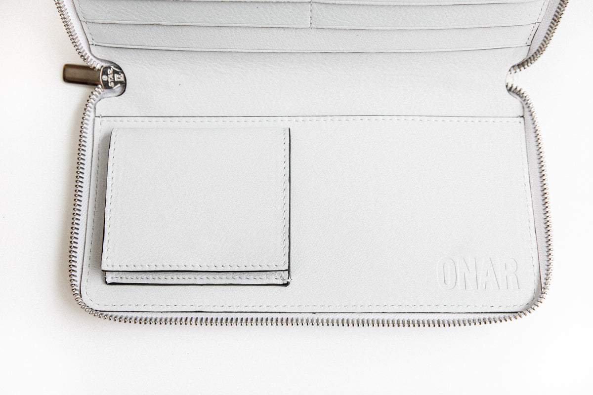 Omega Wallet White/Orange Popsicle