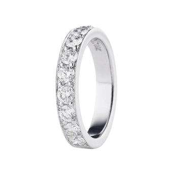 18CT DIAMOND GRAIN SET BAND