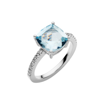 18CT AQUAMARINE AND DIAMOND KAARINA RING