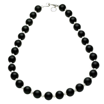 STERLING SILVER MATT ONYX AND FWP DENEUVE NECKLACE