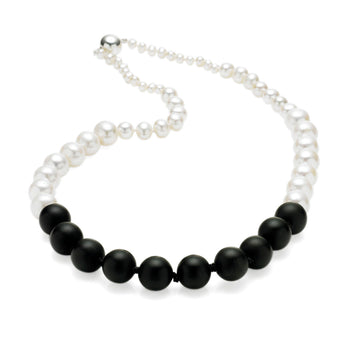 STERLING SILVER PEARL AND MATT ONYX BELLA NECKLACE