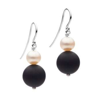 STG SILVER BELLA PEARL & ONYX EARRINGS