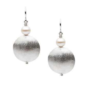STG SILVER DISC & PEARL EARRINGS