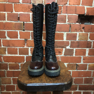 ANN DEMEULEMEESTER leather combat boots 36
