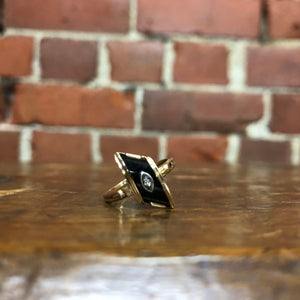 10K GOLD and onyx genuine 1920s ring