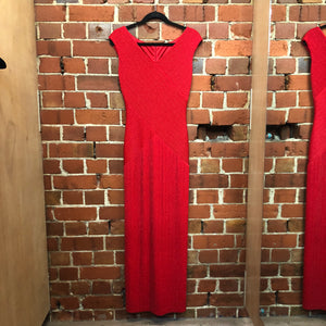 SEXY flattering red sprkle gown
