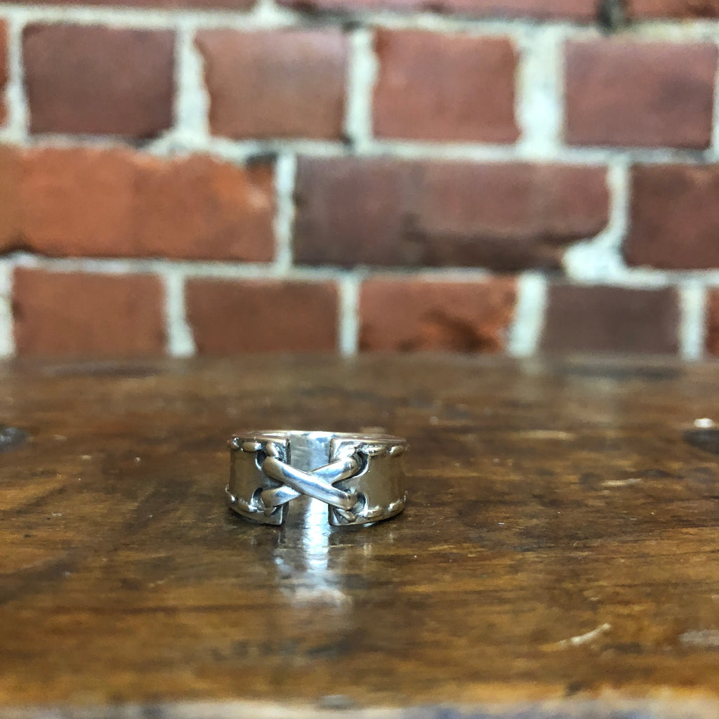 Sterling silver bondage ring