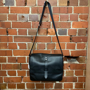 RM WLIILAMS leather satchel
