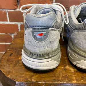 NEW BALANCE sneakers 41.5  from GAG