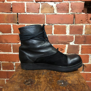 ZAMBESI leather and suede boots 41