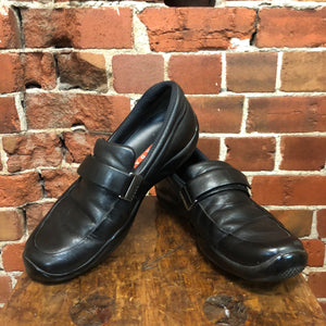 PRADA leather 1990s loafers