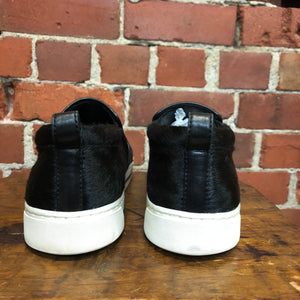MARC JACOBS pony hair two tone sneakers 41