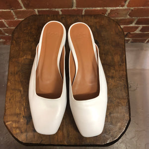 LOQ Lucia leather mules 39