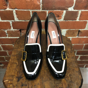 BALLY patent leather loafers 40