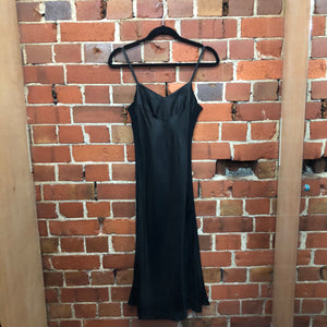 MARILYN SAINTY 1995 rayon and mesh slip dress
