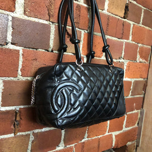 CHANEL quilted leather handbag