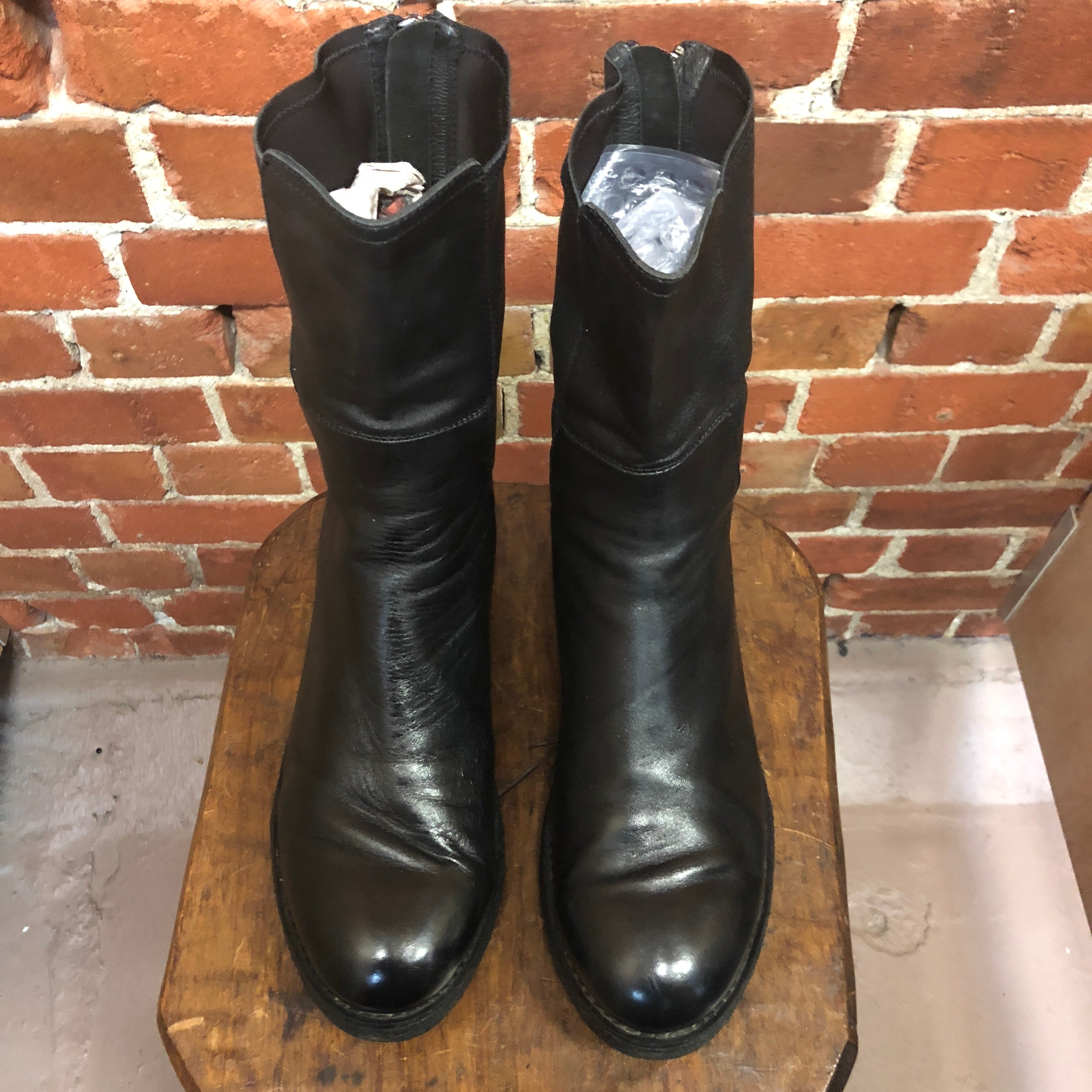 SLIENT J NZ made leather boots