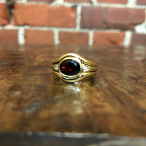 9CT gold, Diamonds and Garnet ring