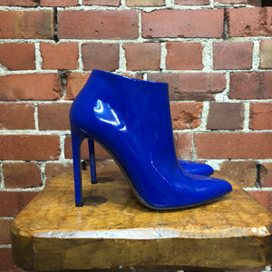 GUCCI ultra gloss Yves-Klein blue boots! 38