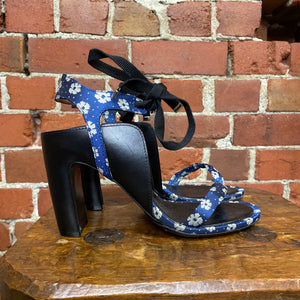 MARTIN MARGIELA floral and leather strappy heels 39.5