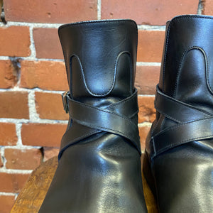 GUCCI leather ankle boots 8.5
