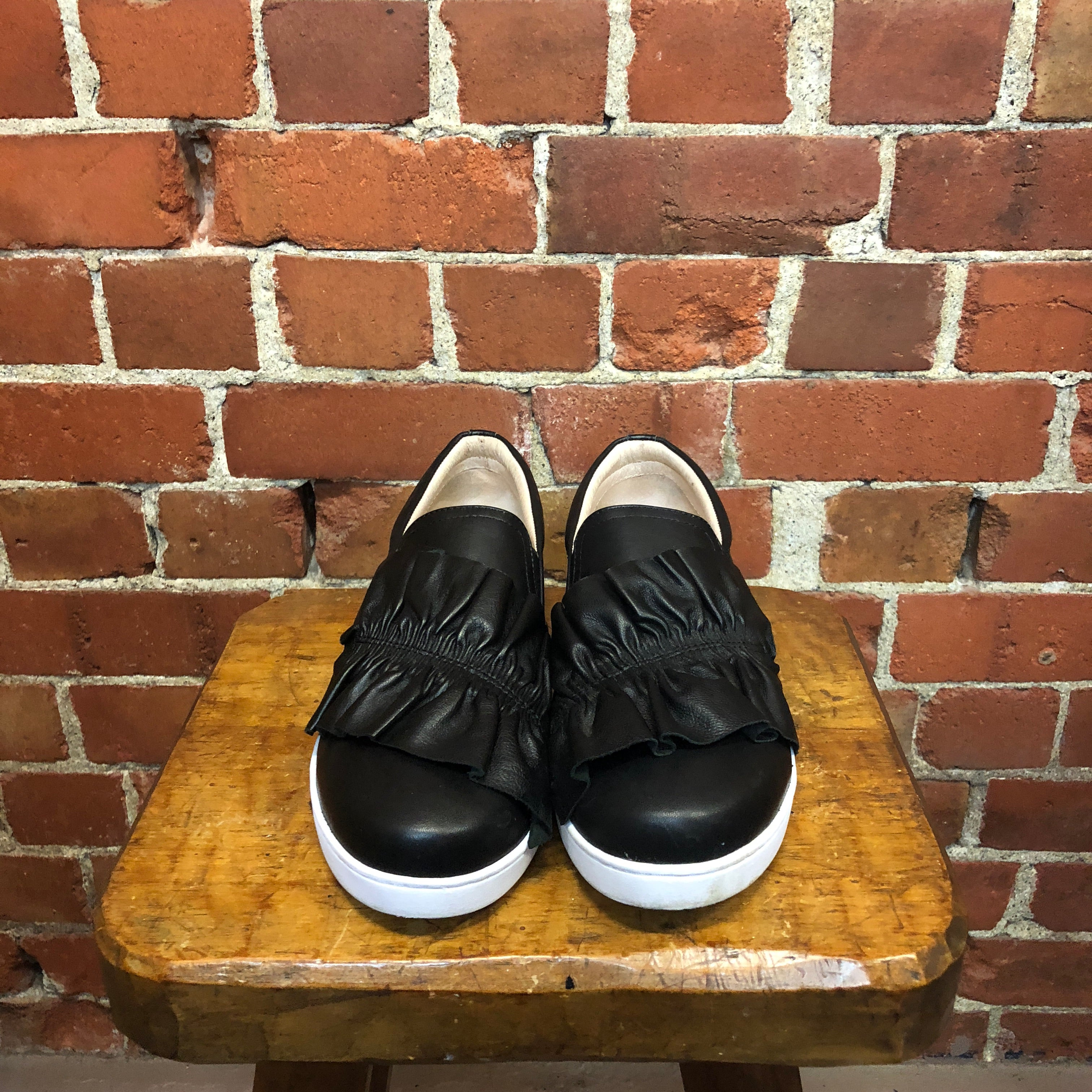 JULLIAN DANGER 40 leather sneakers