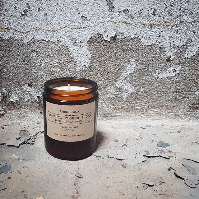 AMBERJACK - TOBACCO FLOWER & OAK - SOY CANDLE | 150GM