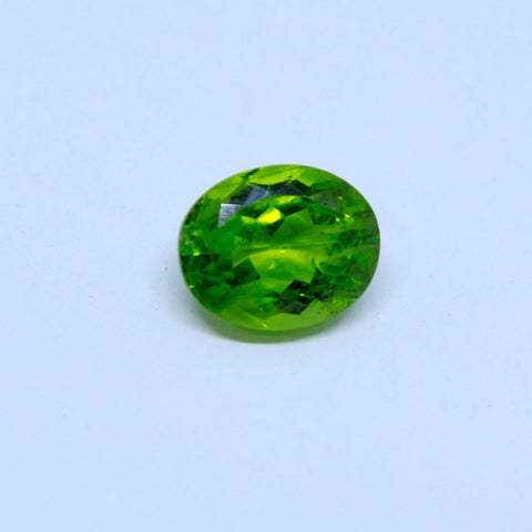 6.43 Carat Unheated and Untreated Natural Peridot with  trusted lab. certificate - 1 Mukhi Rudraksha