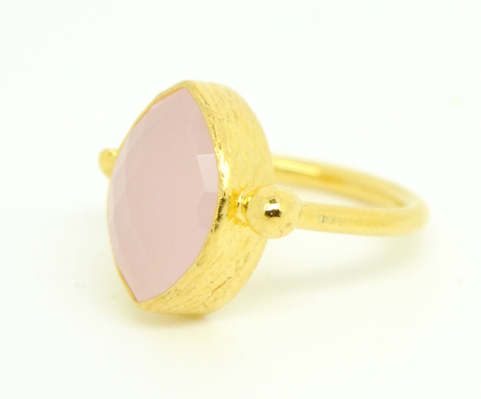 Aj Retail 6 50 Ratti Natural Certified Cat's Eye gemstone with Gold plated  Ring