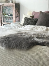 Load image into Gallery viewer, Linn - Long Haired Sheepskin - Surrey Style