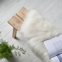 Load image into Gallery viewer, organic icelandic sheepskin rug / throw in white
