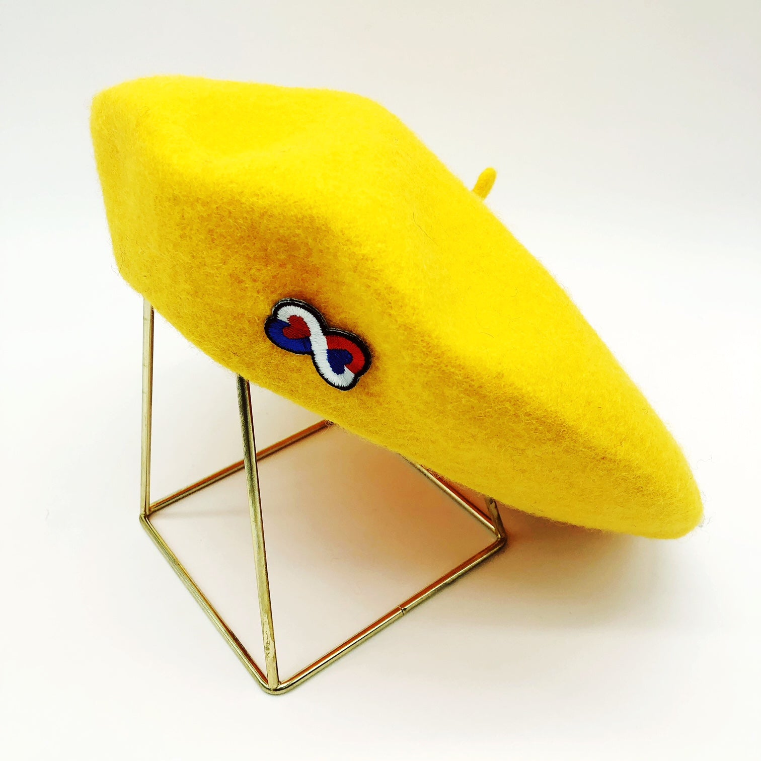 béret-jaune-coeur-tricolore-french-frenchie-laine-gili