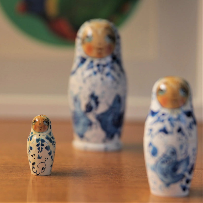 Vintage Russian Blue and White Nesting Dolls - Jackdaw Living