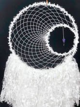 Load image into Gallery viewer, 40cm White Dreamer with Amethyst Drop