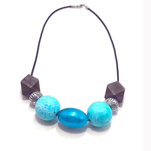 leather necklace with Blue beads