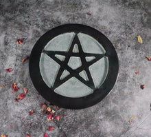 Large Black Pentagram Tile