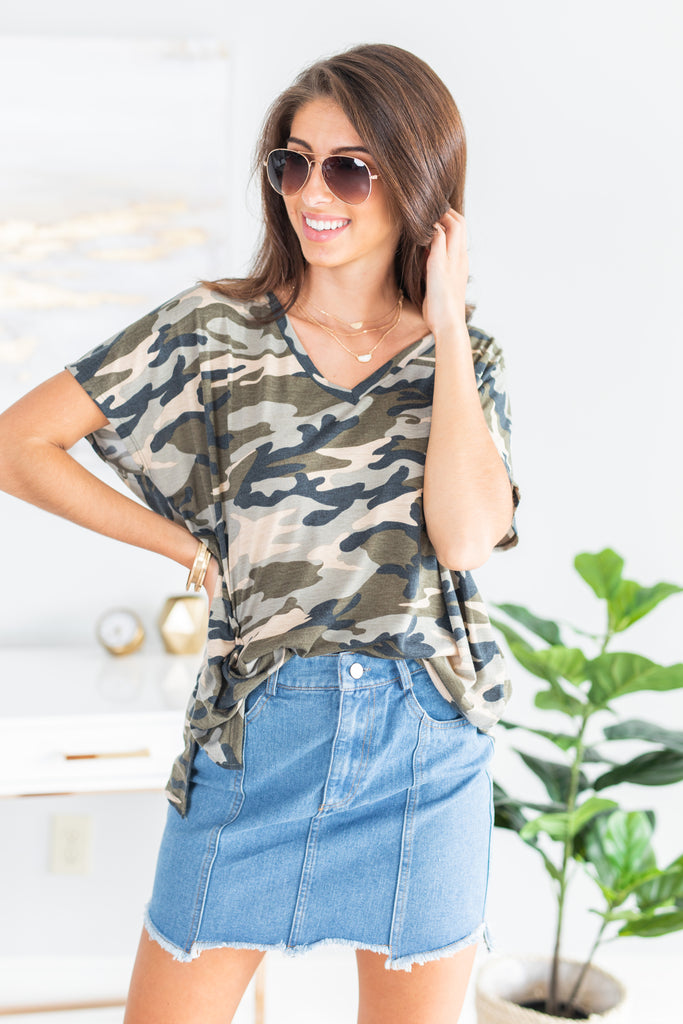 top, camo top, camo short sleeve top, comfy camo top, sassy camo top, sassy, sassy print camo top, v neck camo top, camo print top, short sleeve camo print top, true to size camo top,