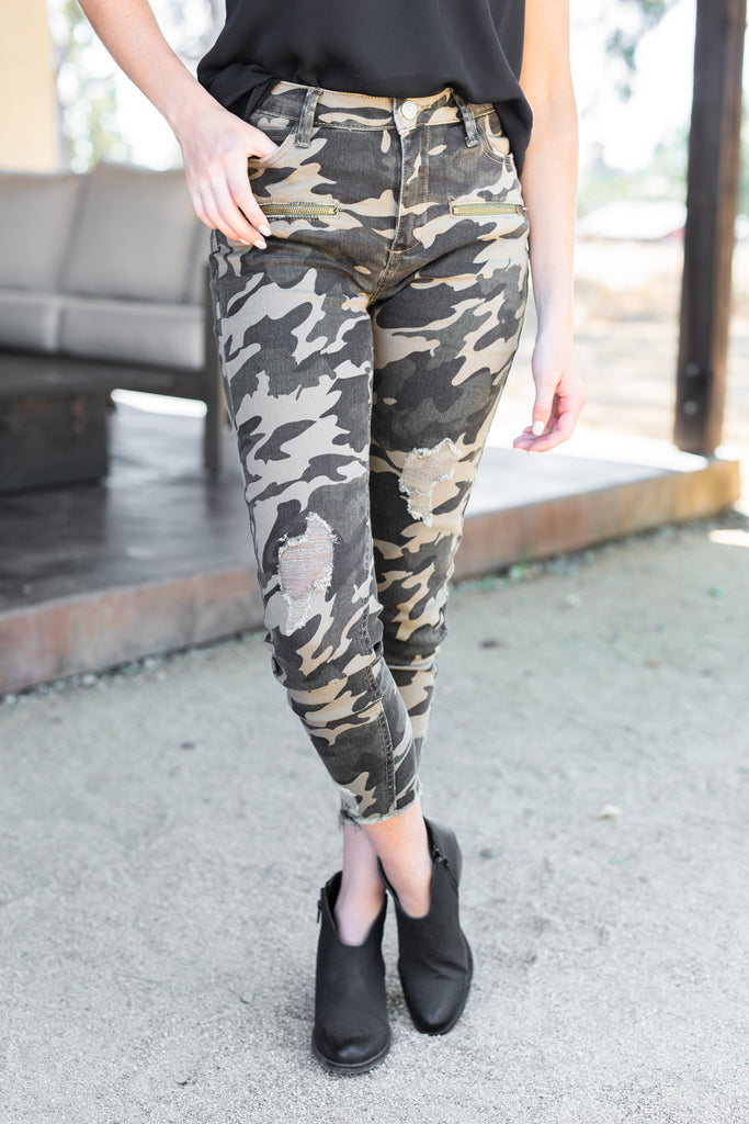 camo pants, camouflage pants, cropped pants, distressed pants, cropped distressed pants, cropped camp pants, distressed camo pants, cropped camo distressed pants, green pants, green cropped pants, green distressed pants, multicolored pants, green multicolored pants,